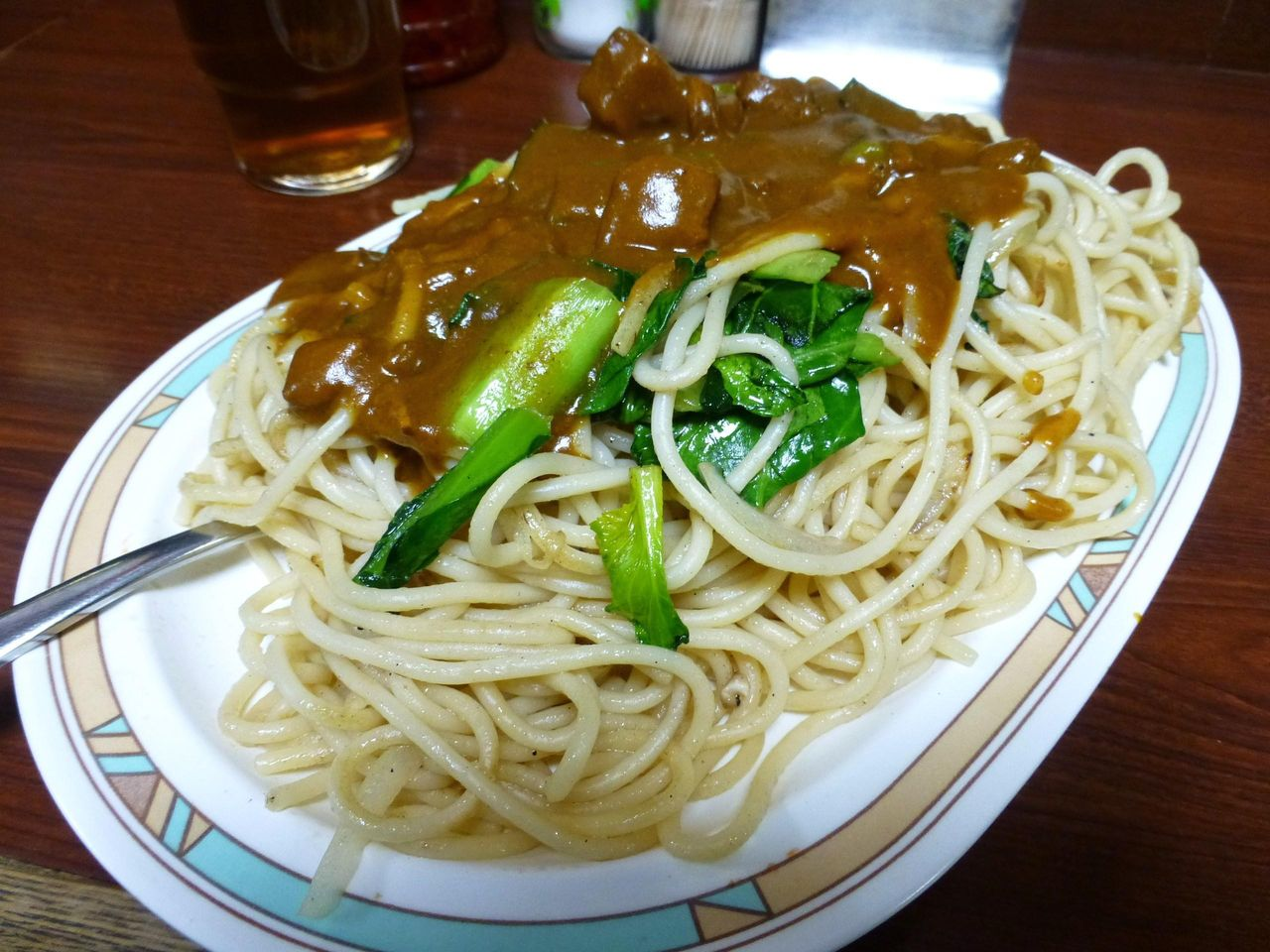 小松菜がタップリ入って、サッパリ感を演出!