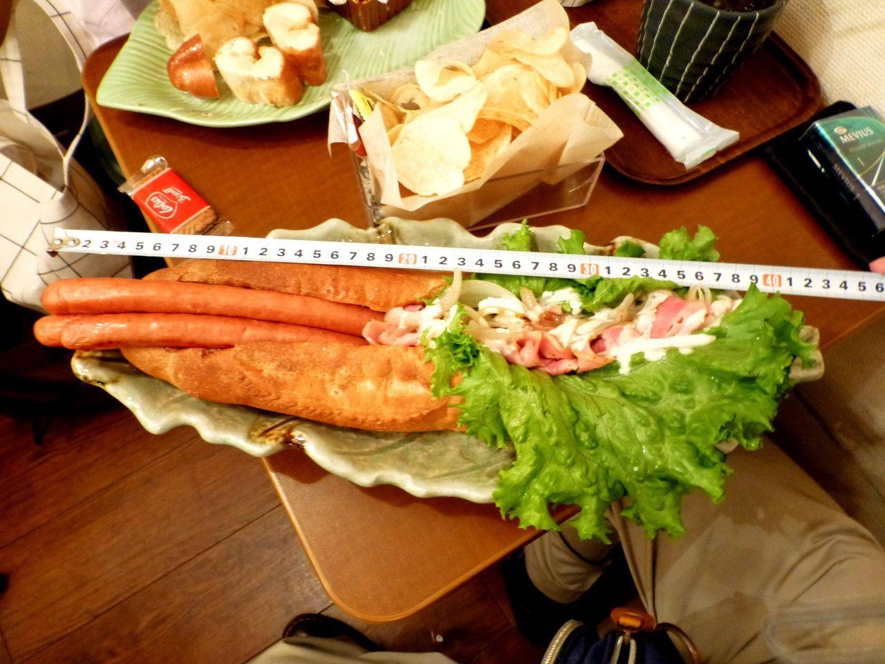 ビッグドッグの長さは、なんと40センチ!