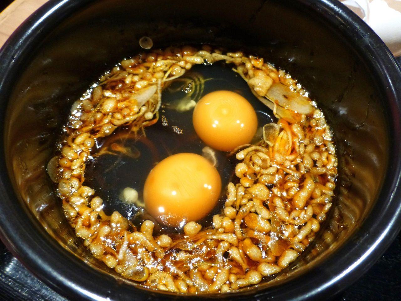 2つまで無料の生卵を投下!