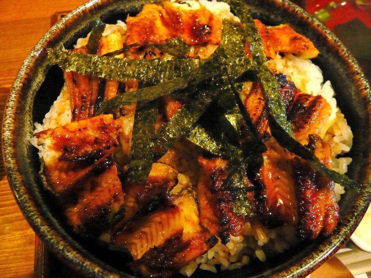 ご飯に対して焼き穴子が少なく、バランスが悪い感じ。