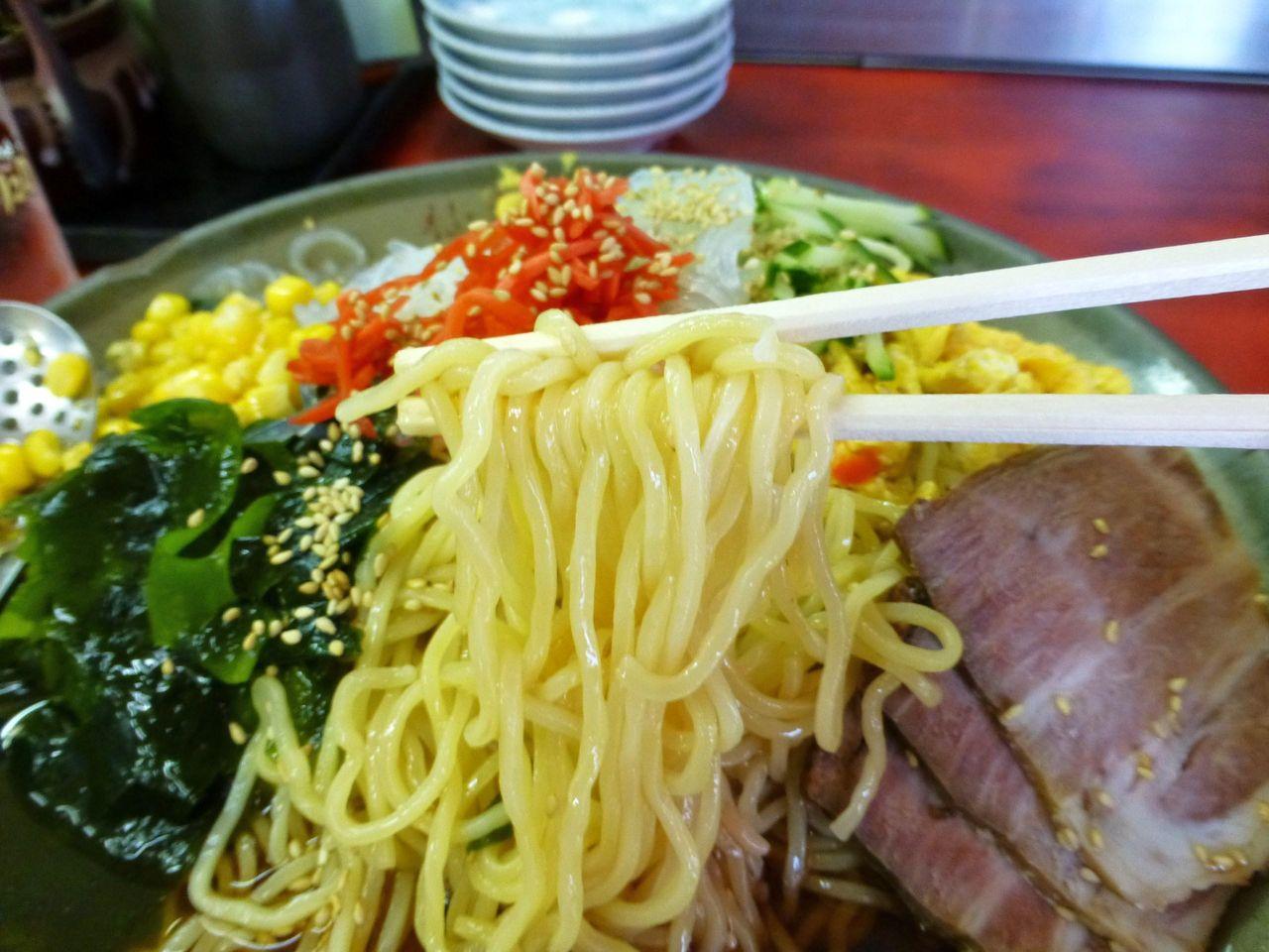 中細麺と昔ながらの甘酸っぱいスープが良く合います!