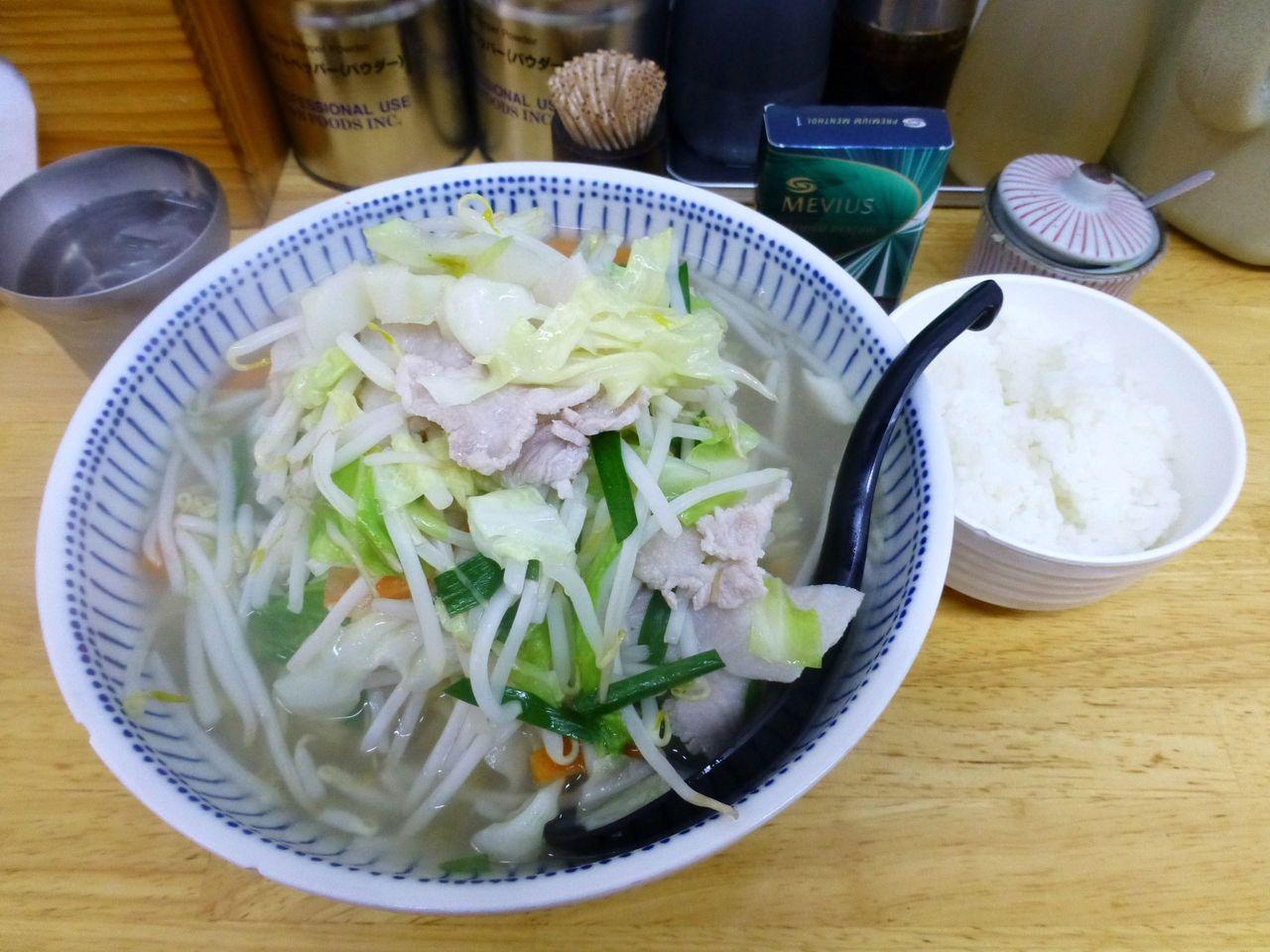 タンメン大盛800円、野菜大盛とライスは無料なのだ!