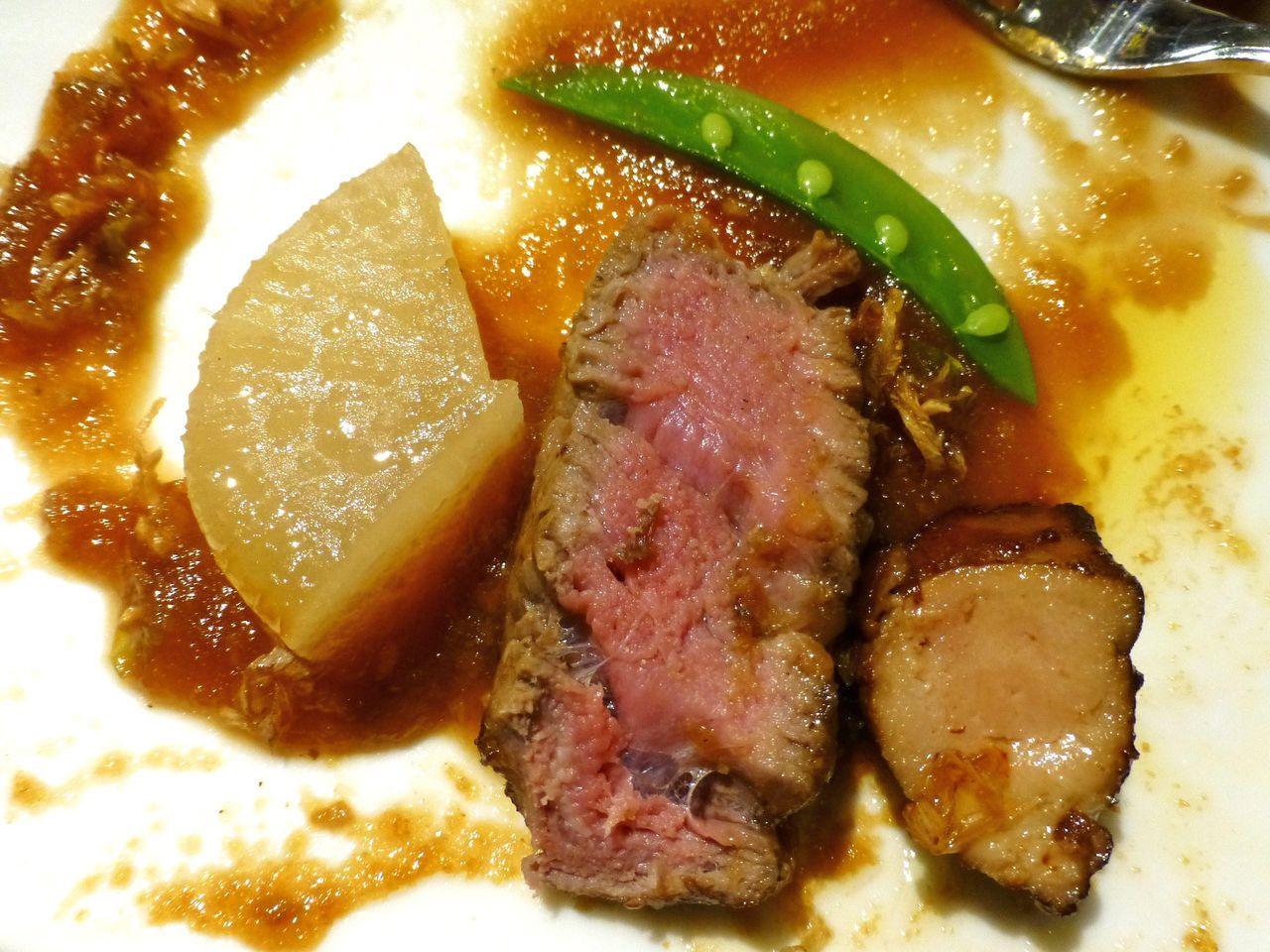 牛ヒレ肉とフォアグラを一度に味わえるぞ!