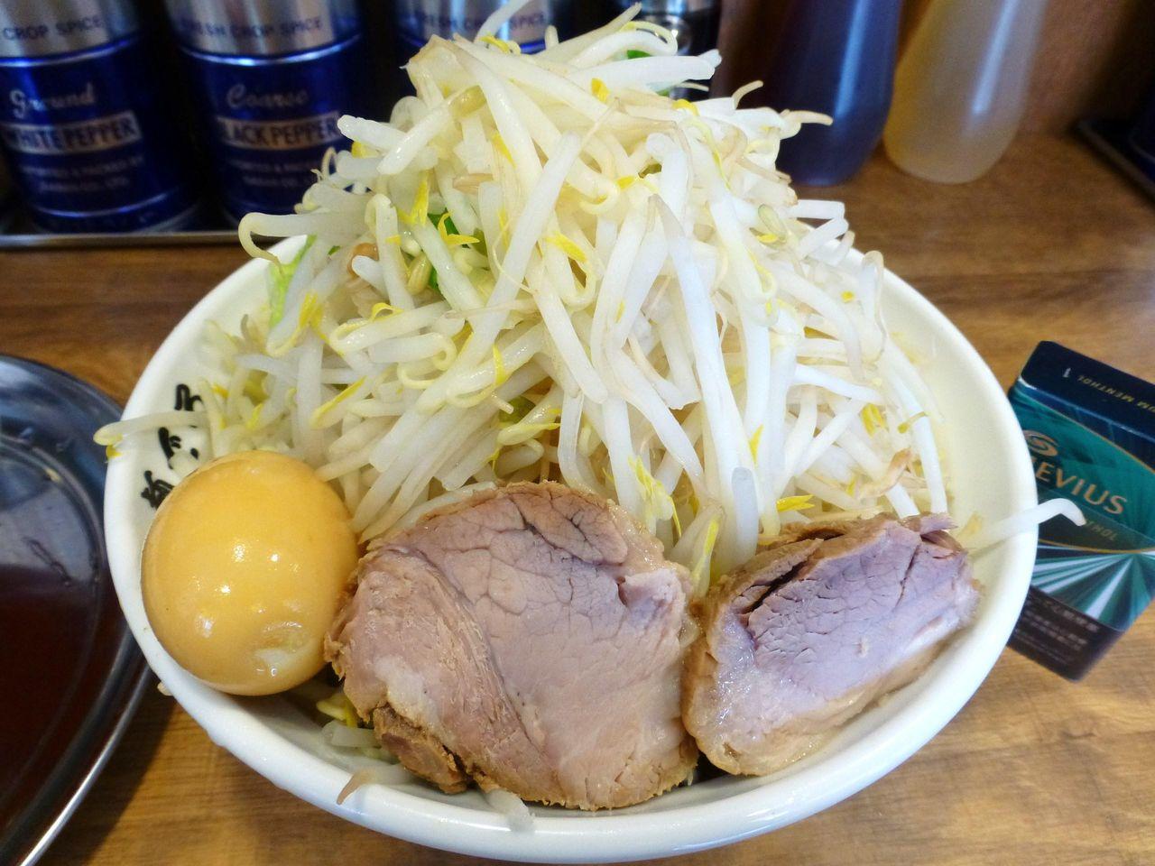大岡山の「めんでる」で、超高層野菜タワーつけ麺!