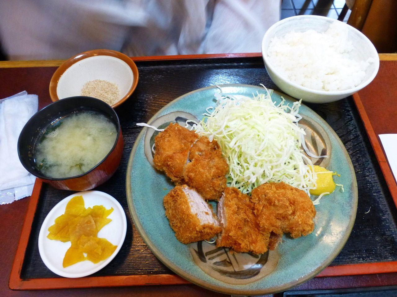 ヒレかつ定食1,190円
