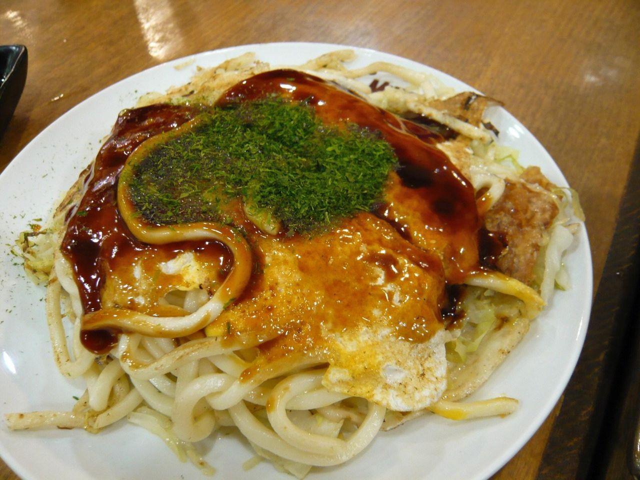 うどん肉玉子700円