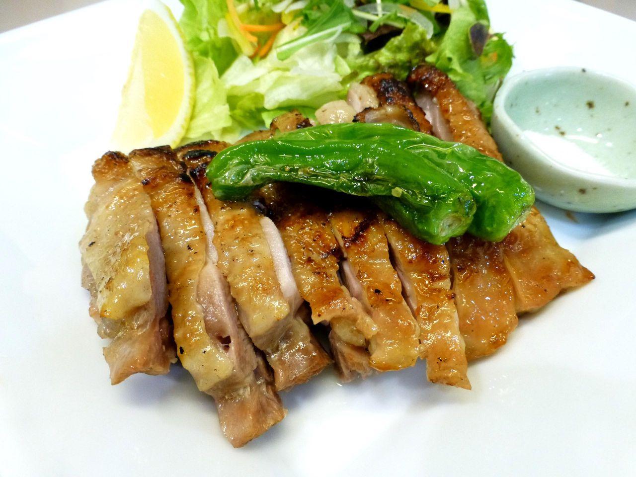 比内地鶏モモ一枚焼き1,980円