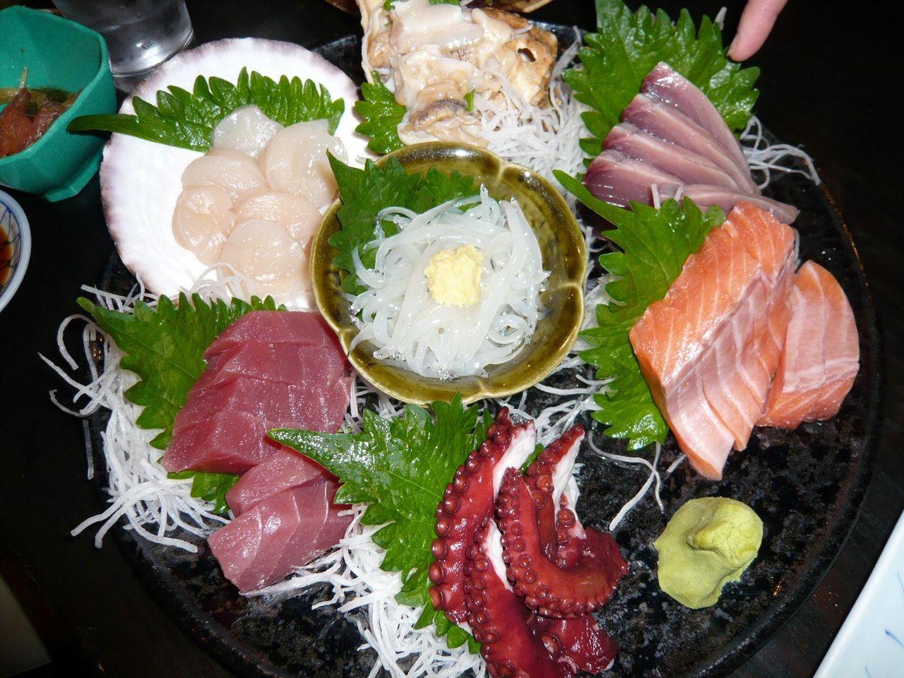 豪華な大漁刺盛り4人前が、たったの2,000円・・・安すぎです!