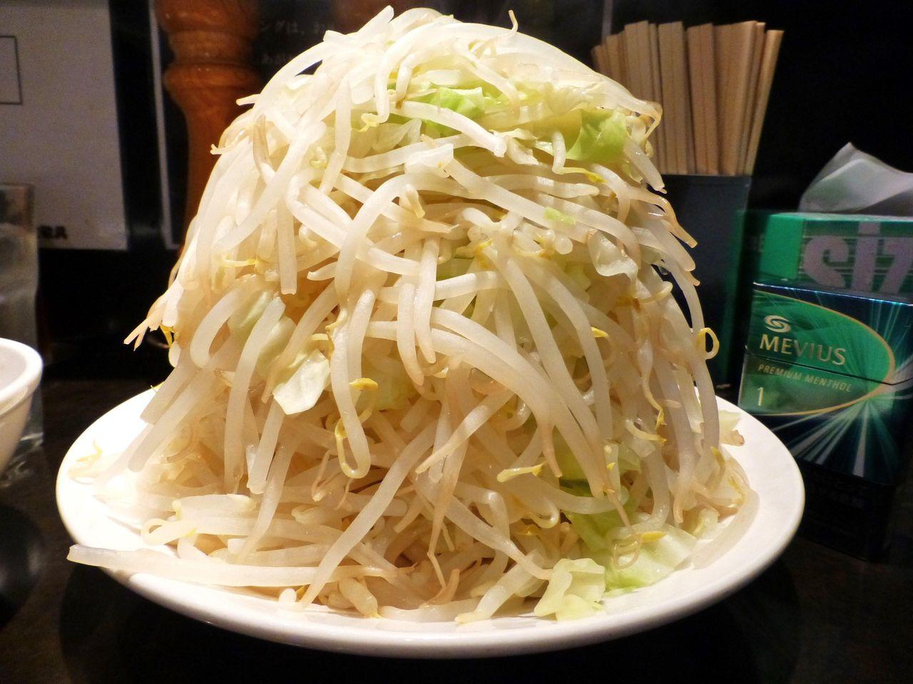 五反田の超高層野菜タワーつけめん!