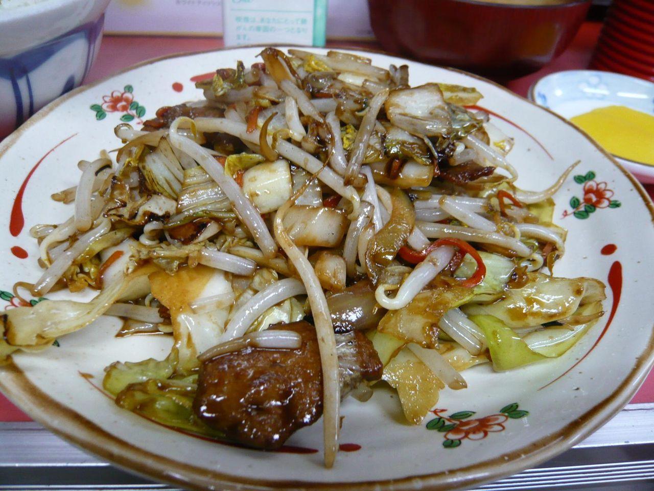 レバ野菜炒めは、しっかり味付けされて、ご飯が進みます!