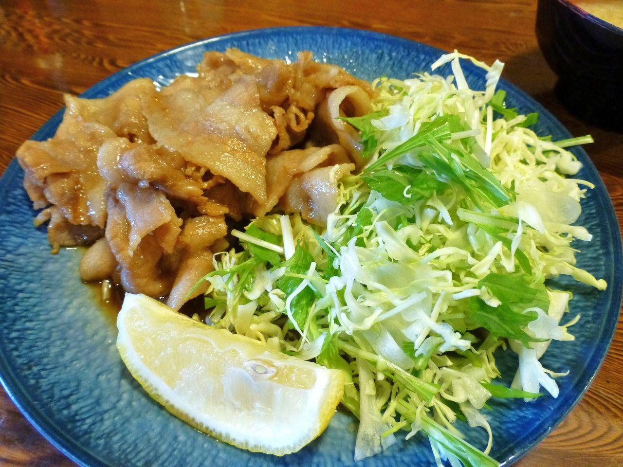 生姜焼きは、野菜もタップリ補給できます!