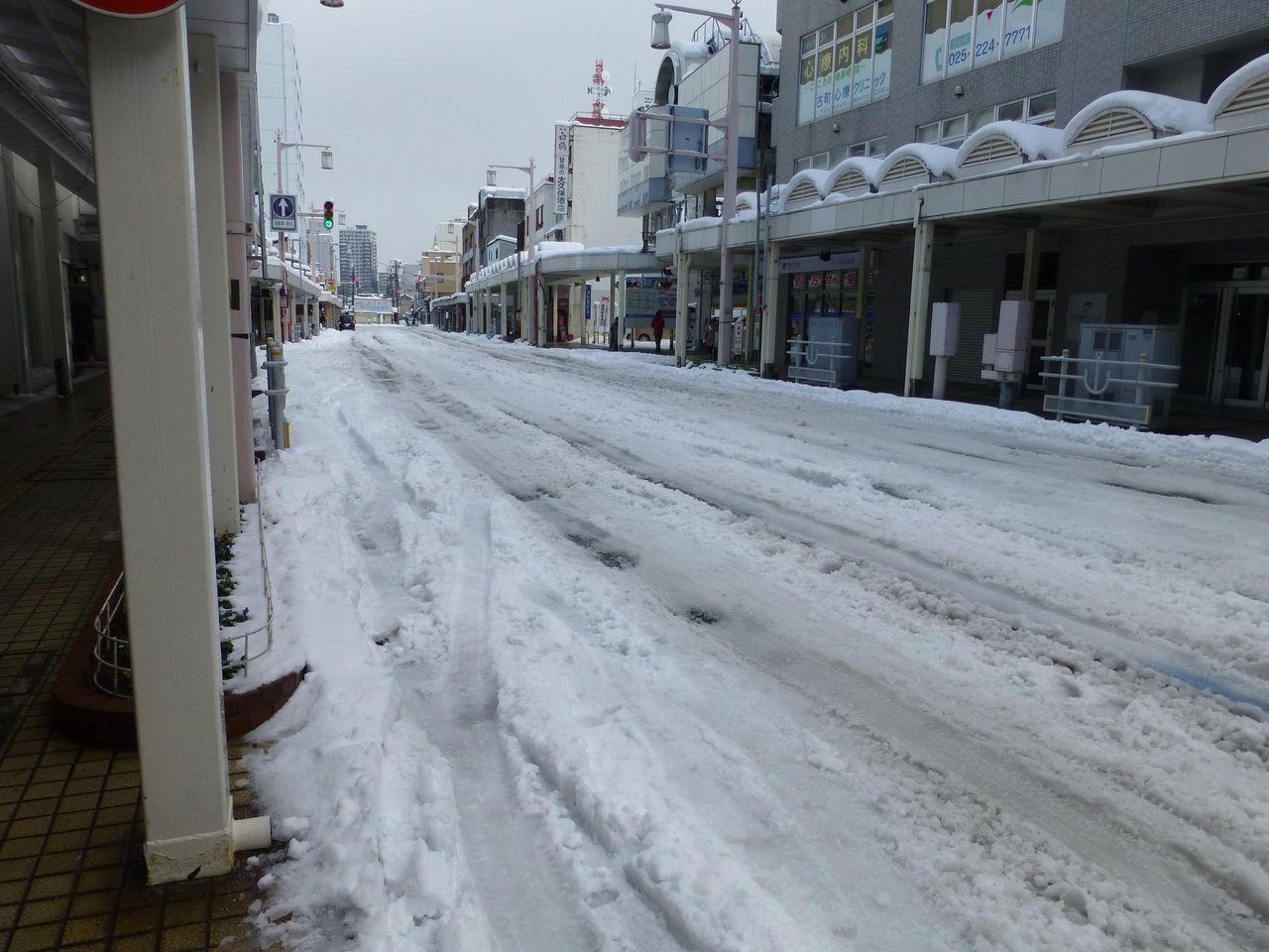 5年ぶりの大雪のため、タクシーで乗り付けました!
