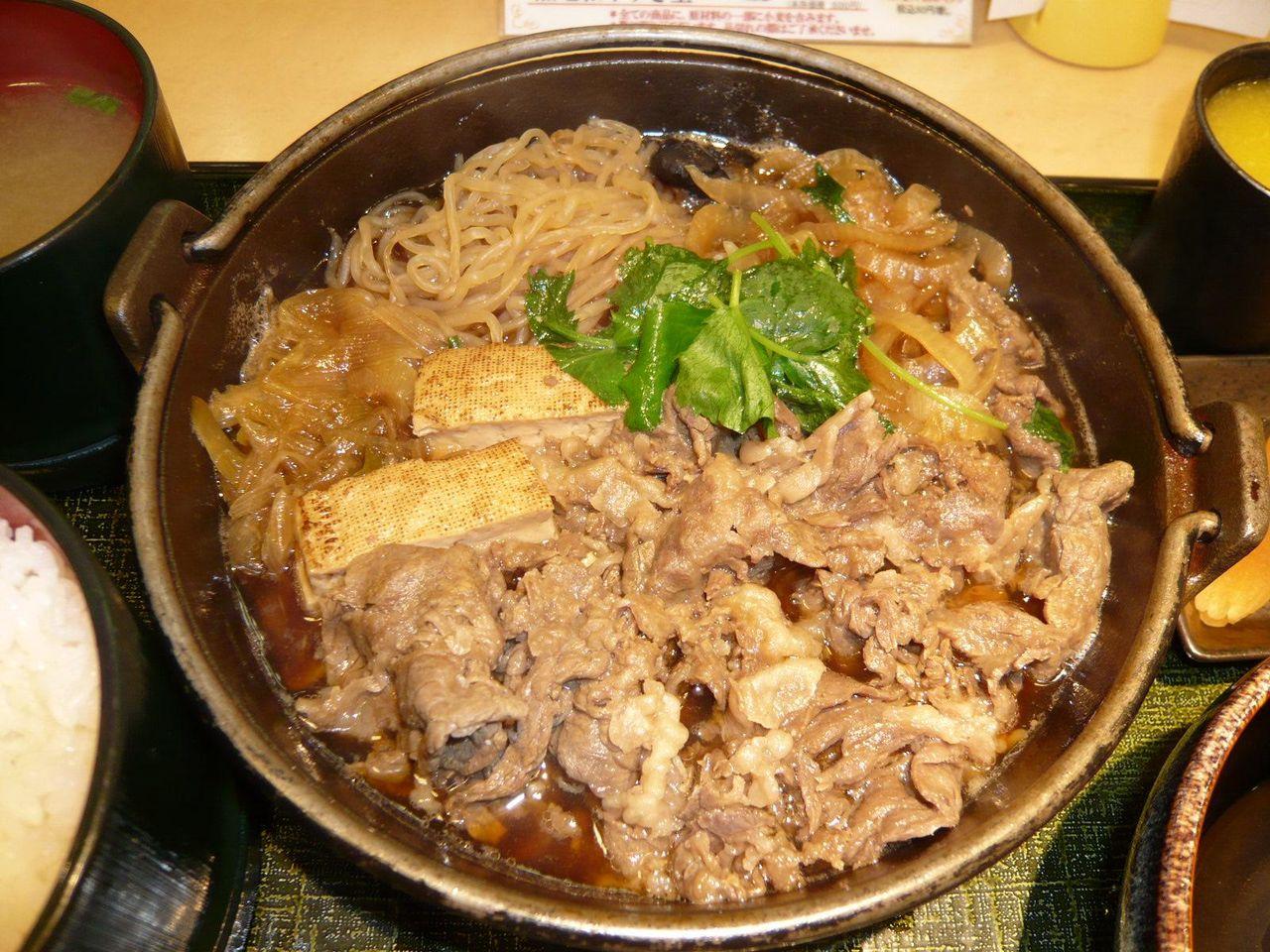 牛肉タップリ具だくさん、よく味が染みてます!