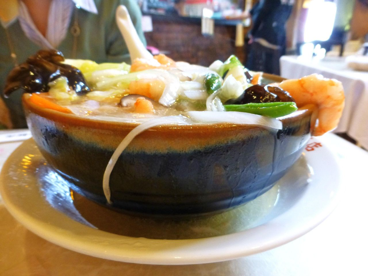 こちらもスープが溢れて、源泉かけ流し状態!