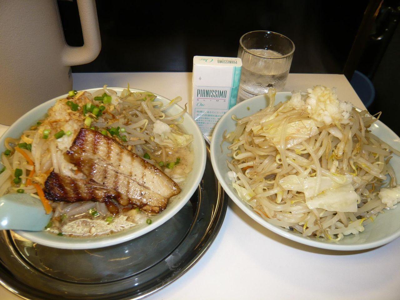 らーめん中盛+野菜増し増し850円