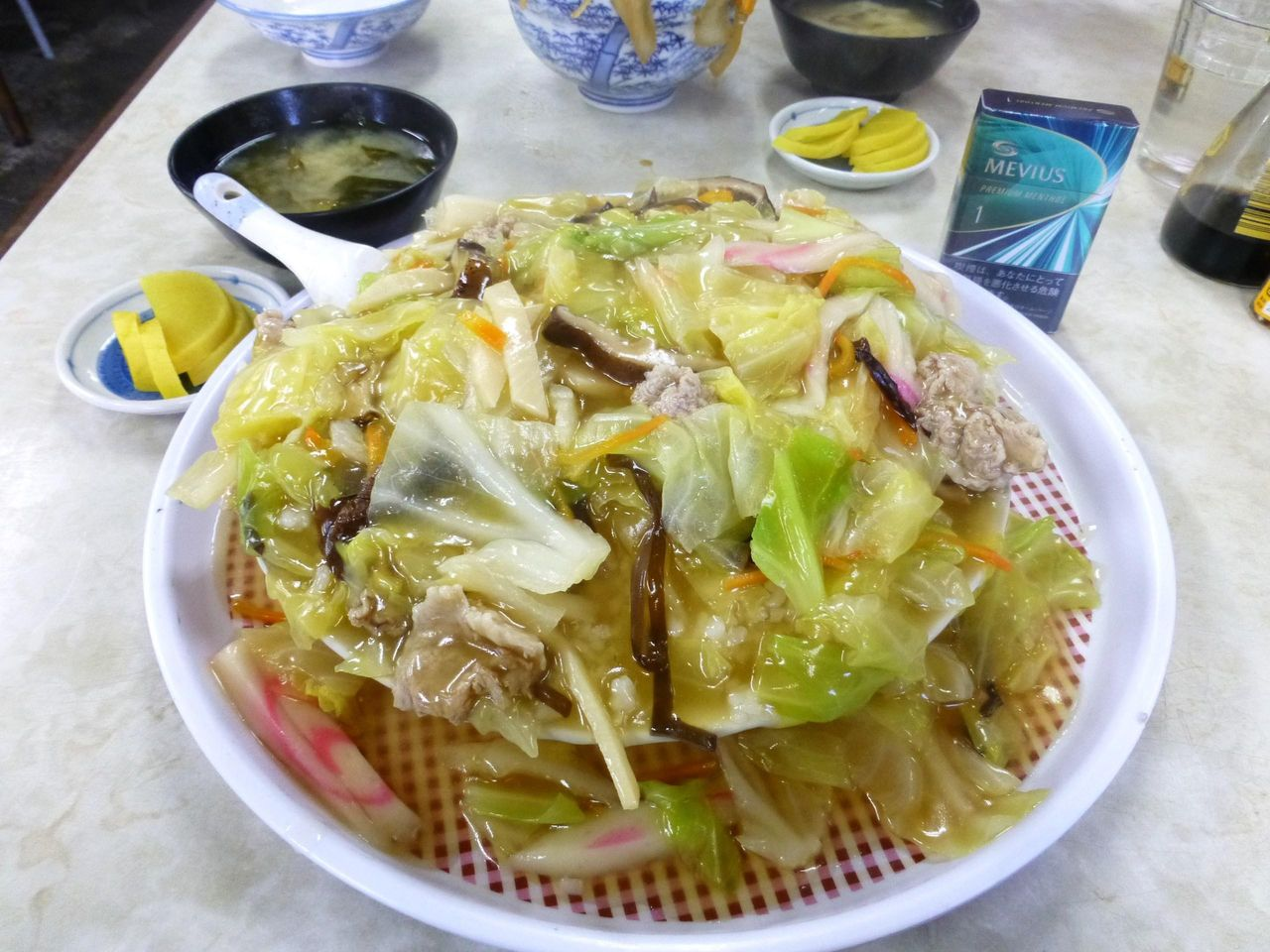 やよい食堂の中華丼(大盛)630円