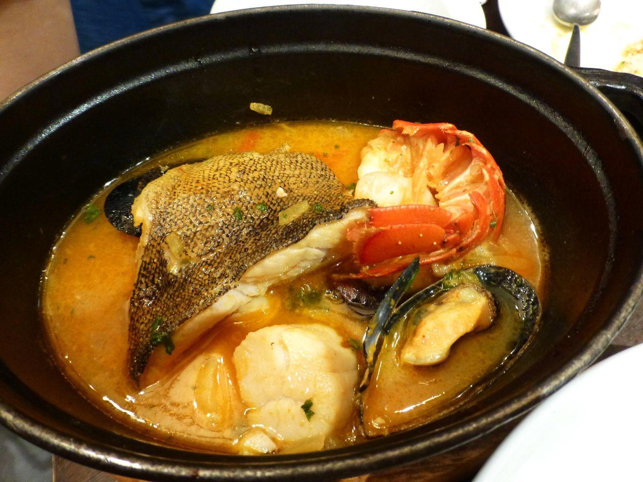 魚介たっぷりブイヤベース1,449円