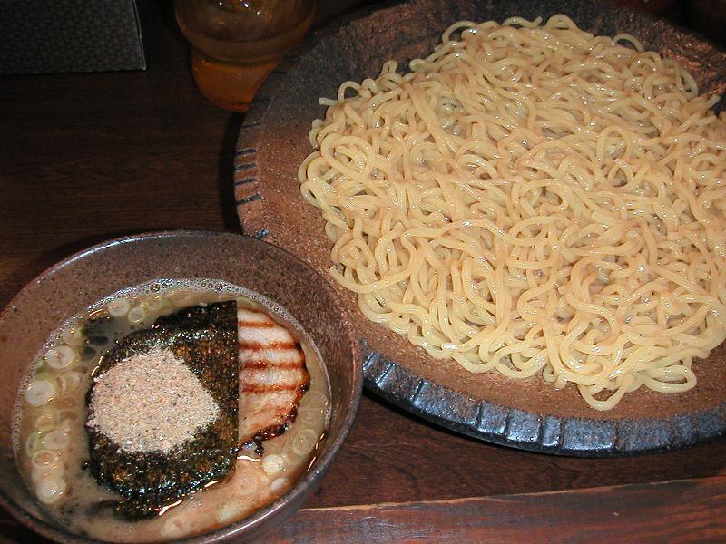 つけ麺(大400g)680円