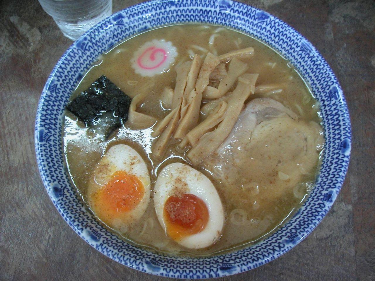 中華そば650円+味玉50円(旧価格)