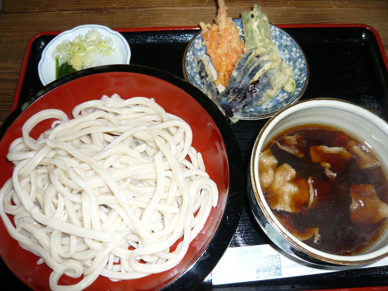 肉汁うどん3玉580円