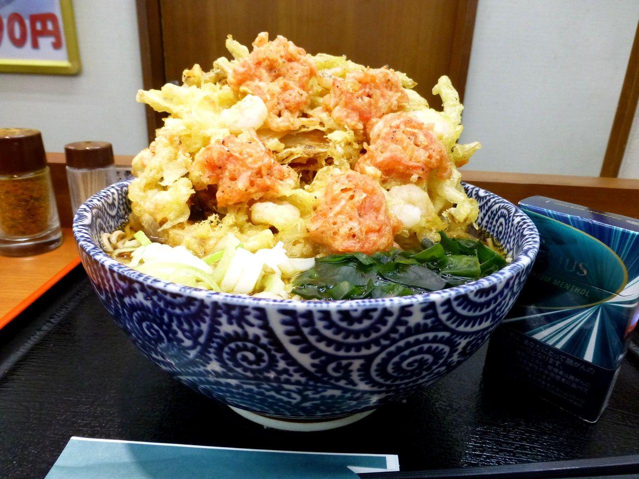 超大吉田そばは、午前11時から食べられます!