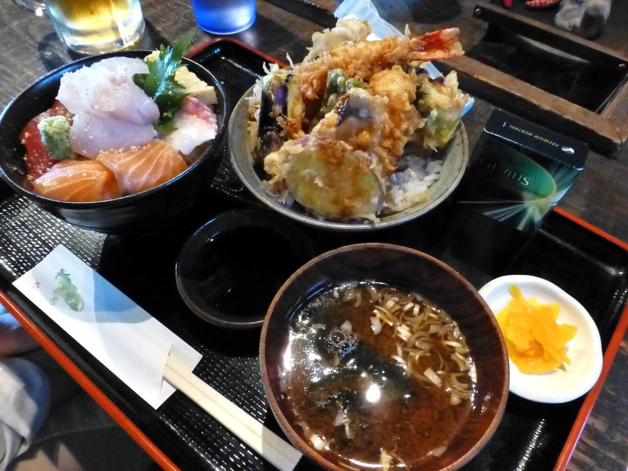 海鮮丼と天丼を一度に味わえるお得なセット!