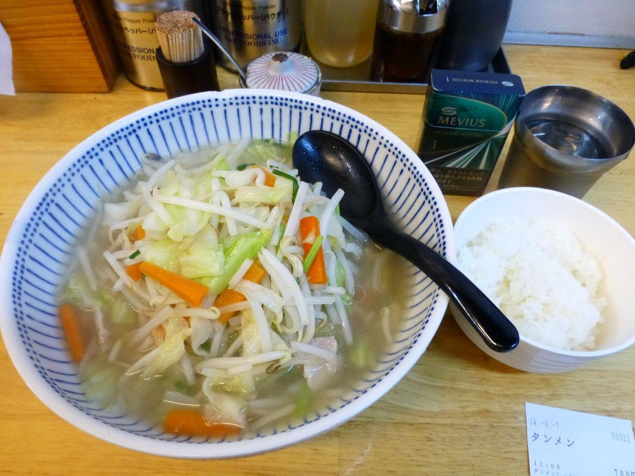 タンメン(野菜大盛)700円+ライス(ランチ無料)
