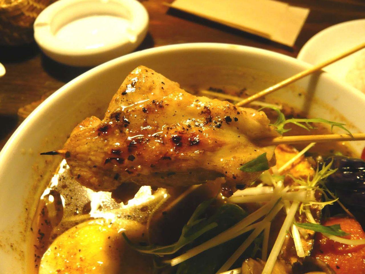 知床鶏は筋肉質で、鶏肉の旨味を感じます!