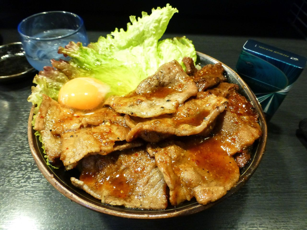 スペシャル丼(特盛)生たまご1,020円