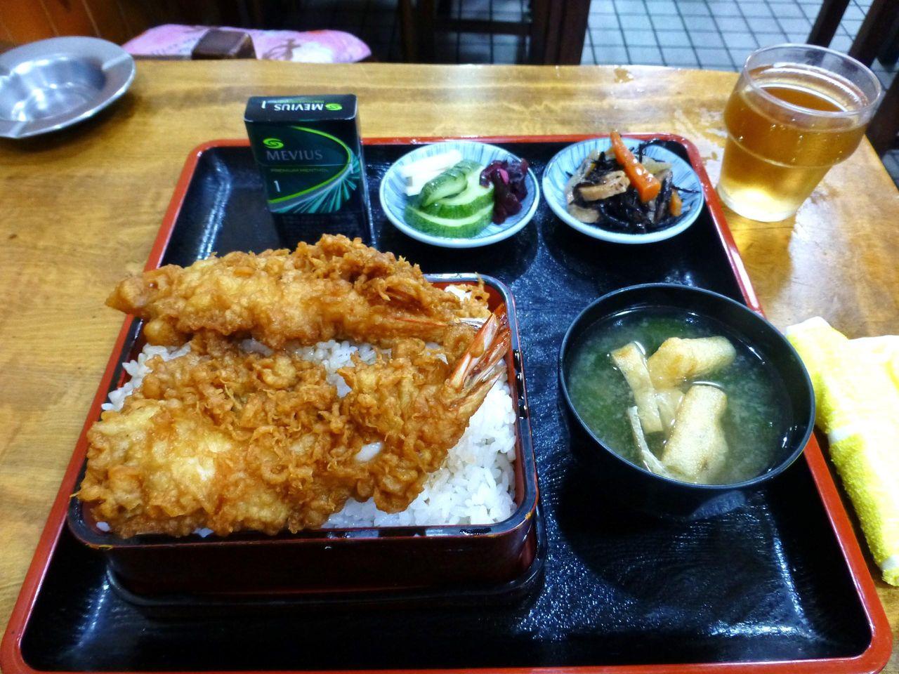 凄いボリューム!天丼大盛1,100円
