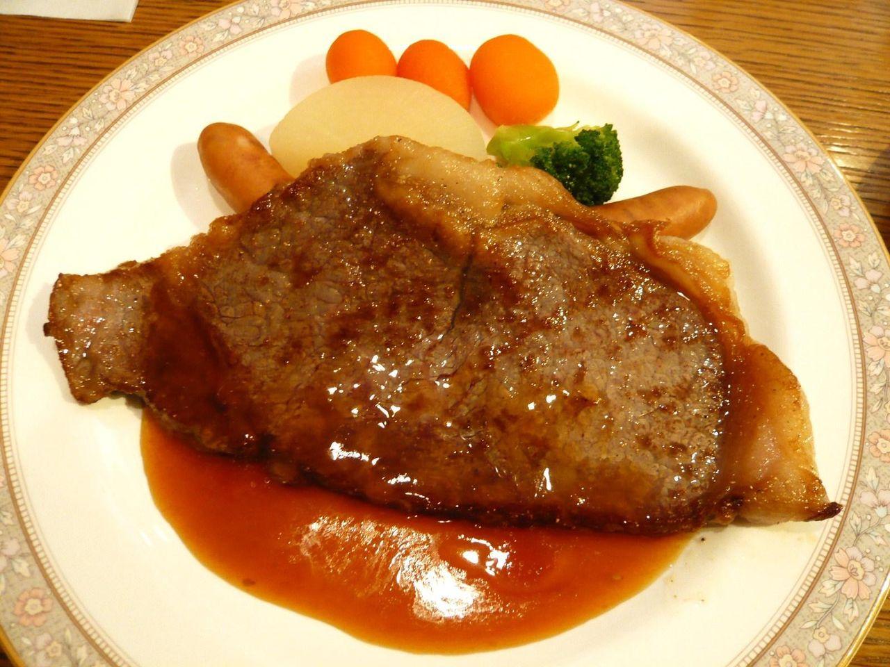 限定10食の和牛サーロインステーキ180グラム1,580円