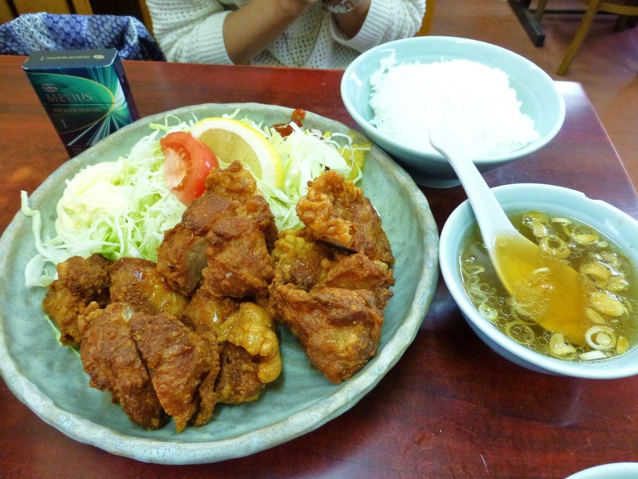 トリカラアゲ定食(ライス少なめ)900円