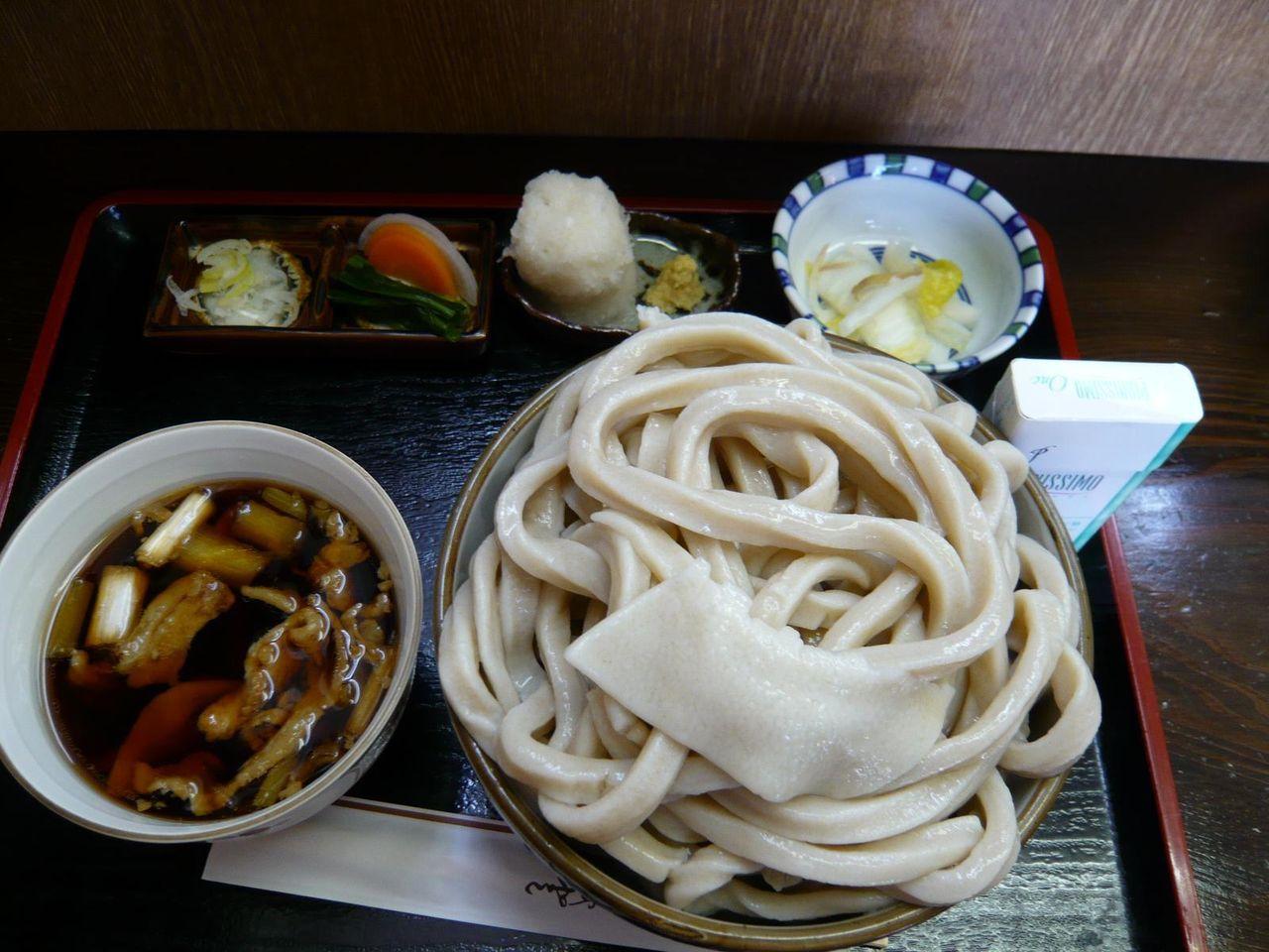 茂七の肉汁うどん(特盛/1キロ)900円
