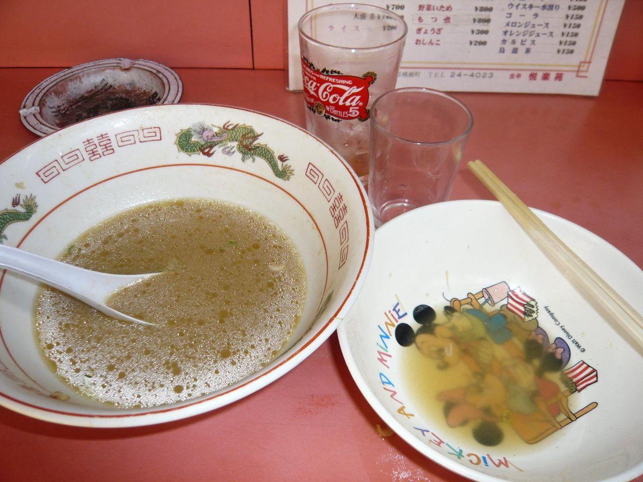スープがしょっぱいので、むちゃくちゃノドが乾きます!