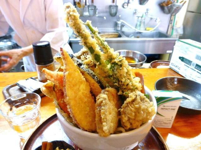 天ぷらを豪快に盛り付けた3D状態!