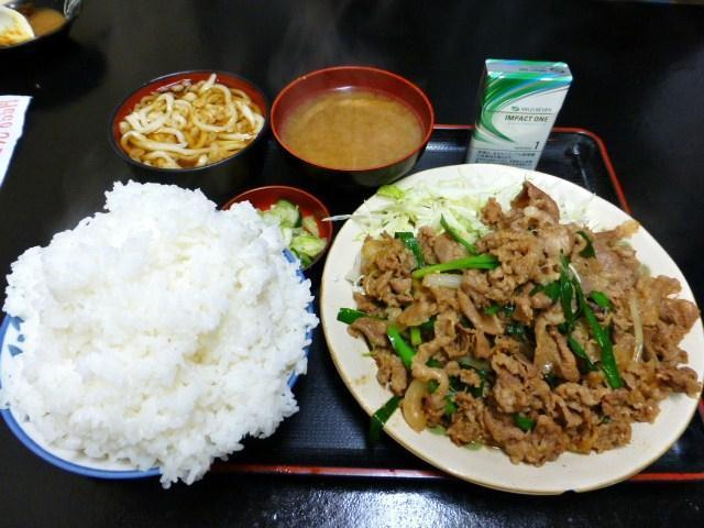 迫力満点のスタミナ定食990円!