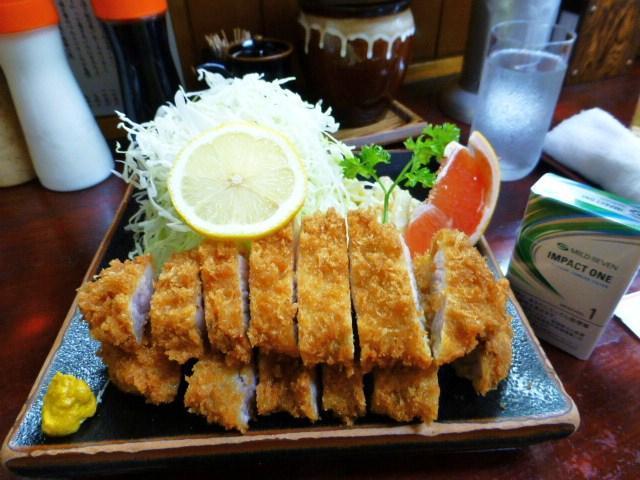 とんかつ赤城のうすかつ定食1,350円