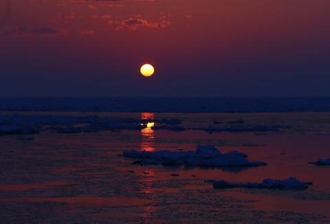 「日出処。美しき国」