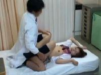 JKが医者に催眠術をかけられ中出しSEXさせられてしまう!