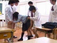 弱みを握られた制服JKがクラスメイトに性的イジメを受けレイプされる