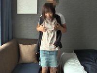 私服姿の激カワ美少女学生とSEX