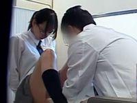 まじめそうな眼鏡JKを医者が騙して性の悪戯 xvideos