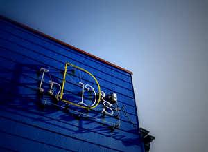 InD's_Sign