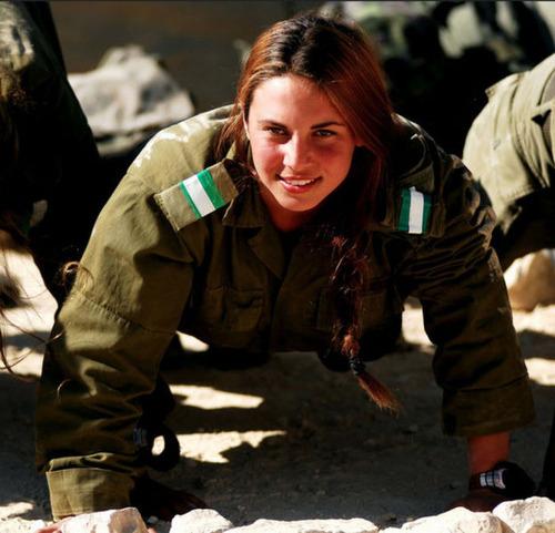 (美人が多目)働く兵隊の女の子の画像の数々!の画像(29枚目)