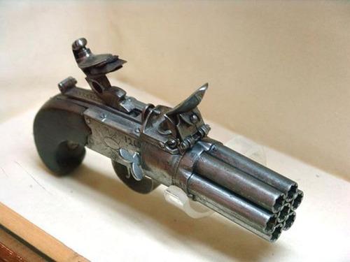 残念な改造をされた拳銃の画像(24枚目)