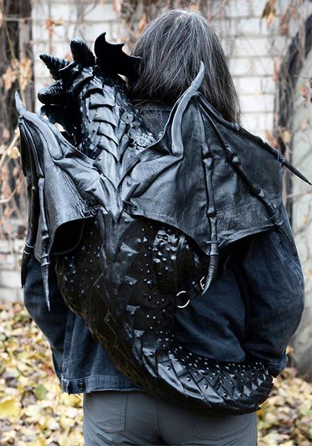 ブラックドラゴンのバックの画像(4枚目)