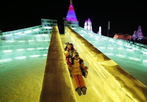 中国の雪祭りがなんだか華やか!の画像(8枚目)