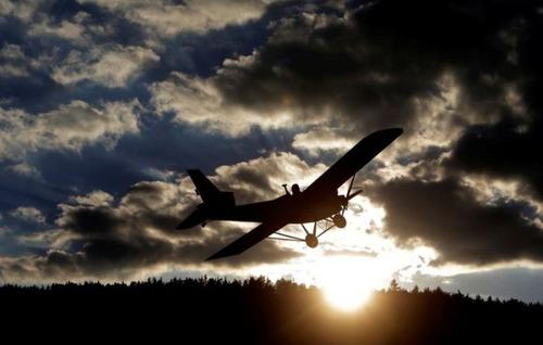 自作の飛行機で会社に通勤の画像(7枚目)