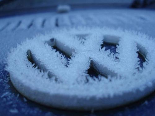 凍っている自動車の画像(33枚目)