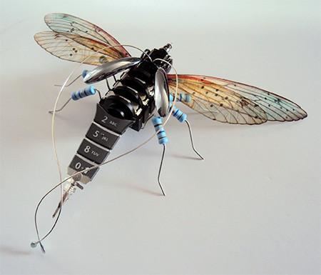 今にも動き出しそう!ちょっとリアルな電子部品でできた昆虫!!の画像(10枚目)